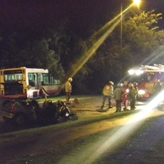 Man and child hurt in bus smash