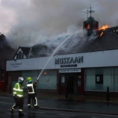 Fire crews tackle curry house blaze: VIDEO