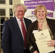 Denise wins award for cancer support work