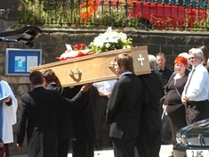 Friends add colour to tragic Phillip's funeral: VIDEO