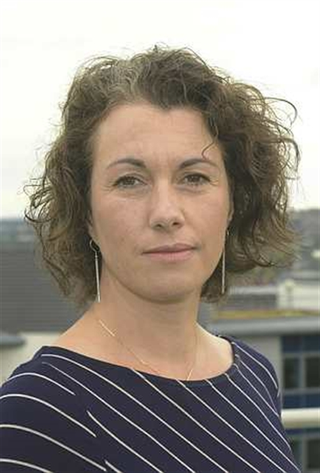 MP Sarah Champion quits shadow cabinet