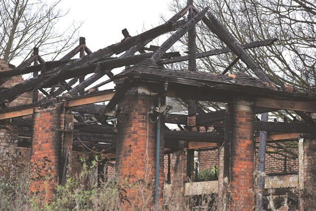 School to demolished after arson attack