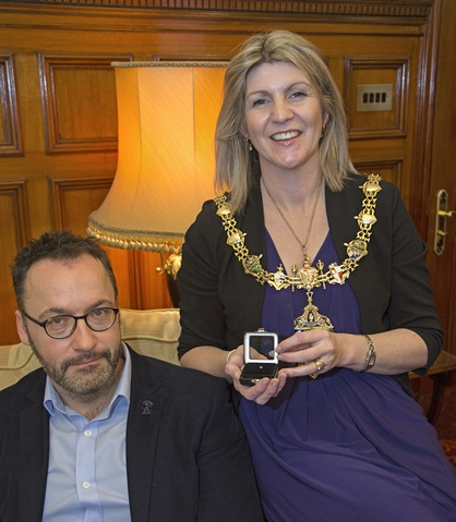 Businessman Darren gives diamond gift to Rotherham Mayor