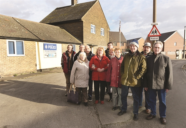 Hundreds call for reopening of Dinnington Police Station
