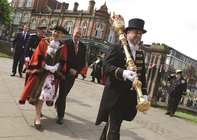 Photo Gallery Crowds Turn Out For New Mayor Of Rotherham