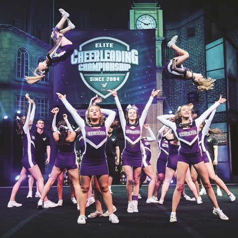 Cheerleaders to compete in Florida
