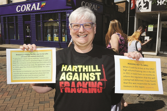 Anti-frackers to meet police over Harthill protests