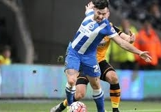 Millers swoop late for Towell