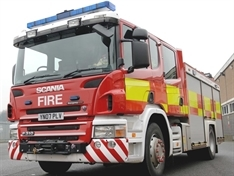 Skip and lorry damaged in blaze