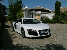 MOTORS REVIEW: Audi R8 V10