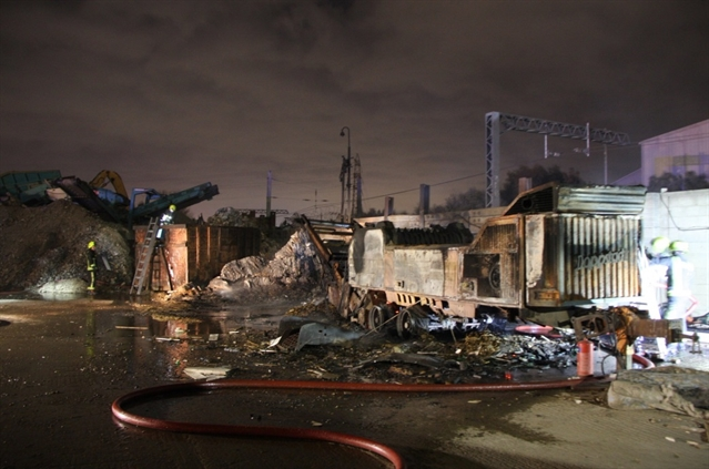 Machine fire spreads to skip at Rotherham firm