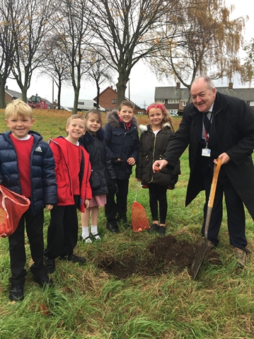 Children Help Make Brinsworth Blooming Great