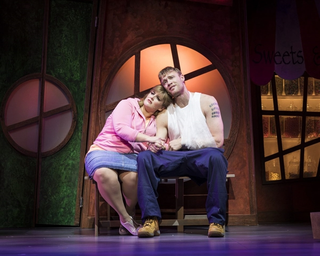 REVIEW: Fat Friends The Musical at Sheffield Lyceum