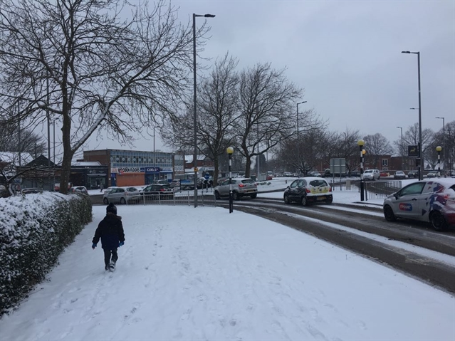 SNOW: Delays to planes, trains and buses