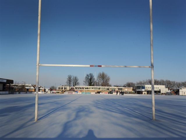 Snow puts Titans trip in doubt