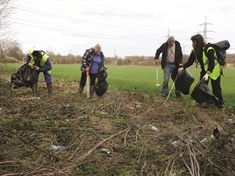 Help to spruce-up Swinton at community litter pick