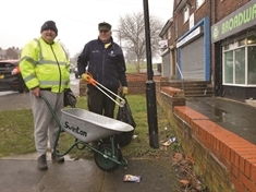 Councillors get stuck in to Swinton litter