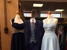 Students urged to grab prom night bargains