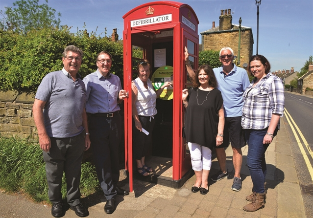 Old Wentworth phone box finds new role as defib station