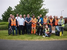 Litter pickers celebrate their 2,000th bag