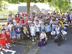 Sitwell pupils stride out on World Cup walk