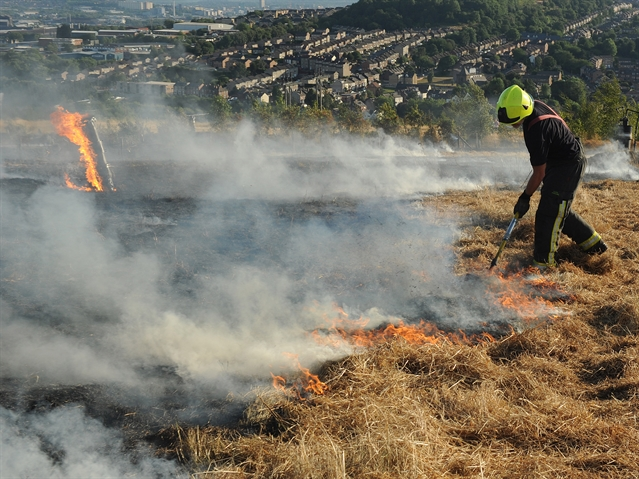 VIDEO: Fire on hillside near Meadowhall was arson