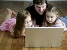 POLL:Would you leave young children to surf online on their own?