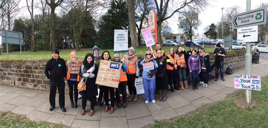 Junior doctors stage all-out strike