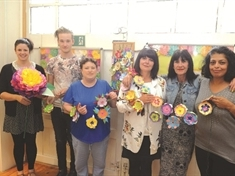 Survivors create 1,400 flowers to mark Jay Report fourth anniversary