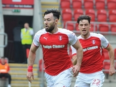 Towell earns Republic of Ireland call