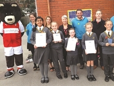 Listerdale and Swinton pupils hailed as 'stars' for ditching the car