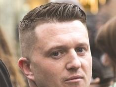 "Advertiser responds after Tommy Robinson's ""rant in Rotherham"""