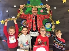 Listerdale school head dazzles in Christmas suit