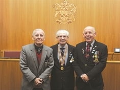Medal honour for Korean War veteran Frank Glossop
