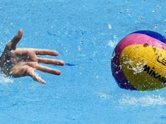 Water polo club invites newcomers to take the plunge