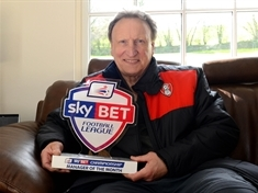 Warnock bags manager of the month award