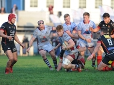 Rotherham Titans' squad at full stretch for Cambridge test