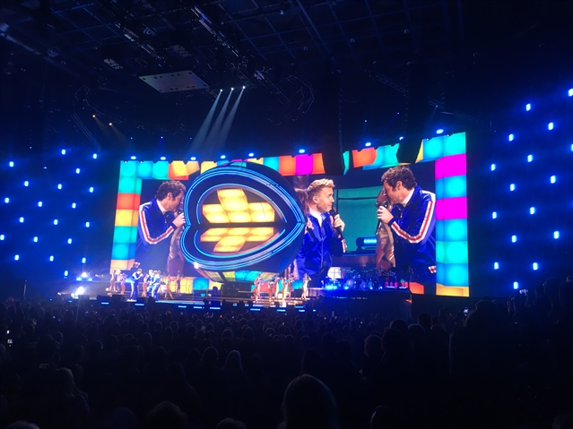 REVIEW: Take That kick off Greatest Hits tour at Sheffield Arena with Lulu and Robbie..(sort of)