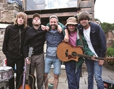 VIDEO: Will and the People's backyard gig treat for Harthill music fan