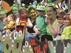 PHOTO GALLERY: Out-of-this-world fun at Harthill Carnival