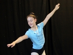 Greasbrough ballet dancer Izzy (13) picked to star in Swan Lake