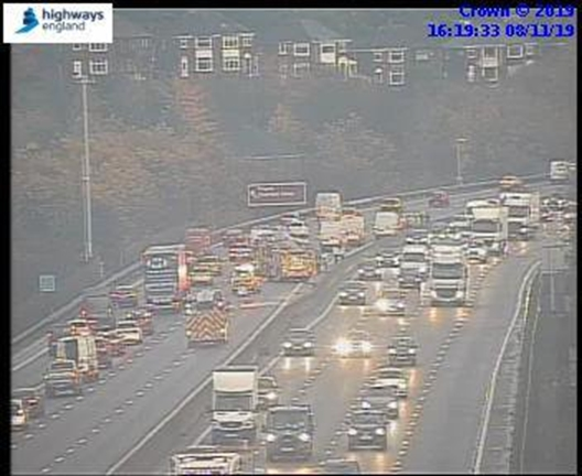 TRAFFIC: Queues on M1 southbound after multi-vehicle crash