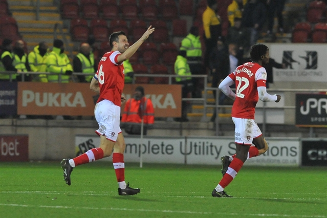 Richard Wood signs new Rotherham United contract