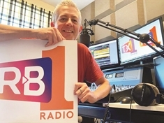 New radio rivals in battle of the airwaves