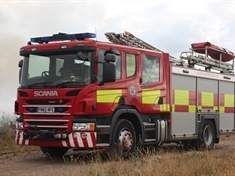 Fire at Dinnington industrial estate