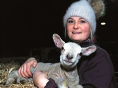 VIDEO: Can 'ewe' help name farm's surprise Christmas lamb?