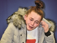VIDEO: Distraught Catcliffe daughter pleads for dad to come home for Christmas
