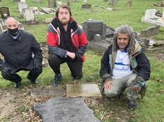 Efforts to restore grave of Rawmarsh-born sports ace
