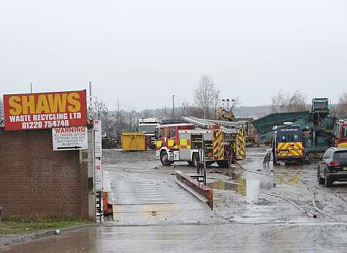 Safety warning after large blaze at Wath recycling plant