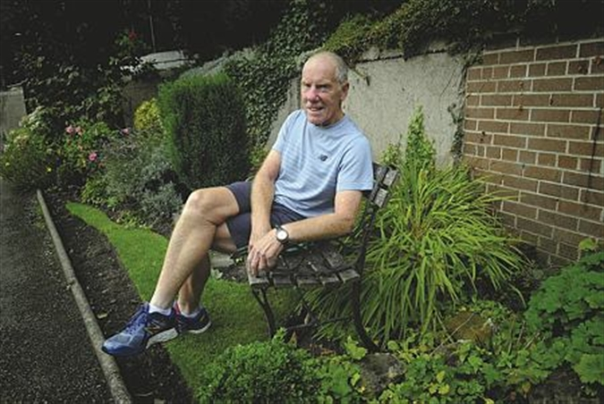 Marathon man Ray to host dinner to boost appeal